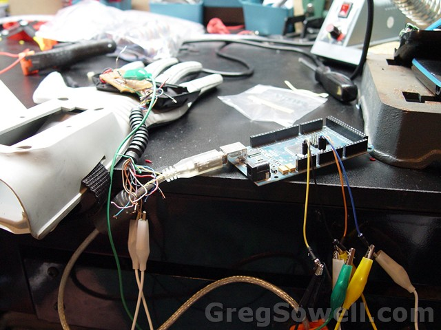 This is wiring into the bend sensors to test.